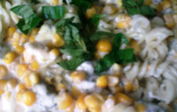Těstoviny s nivou a pórkem