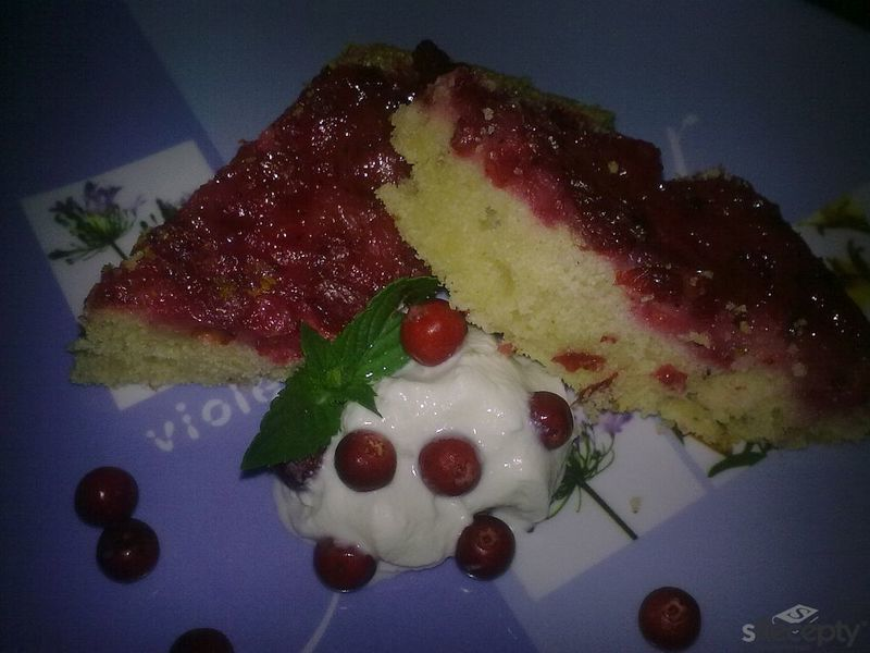 Brusinkový koláč naruby