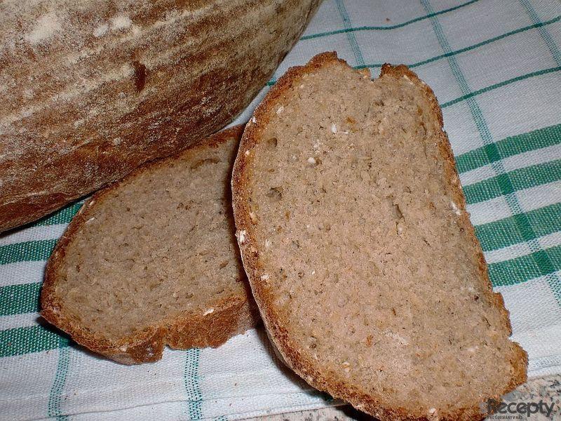 Voňavý vločkový chleba