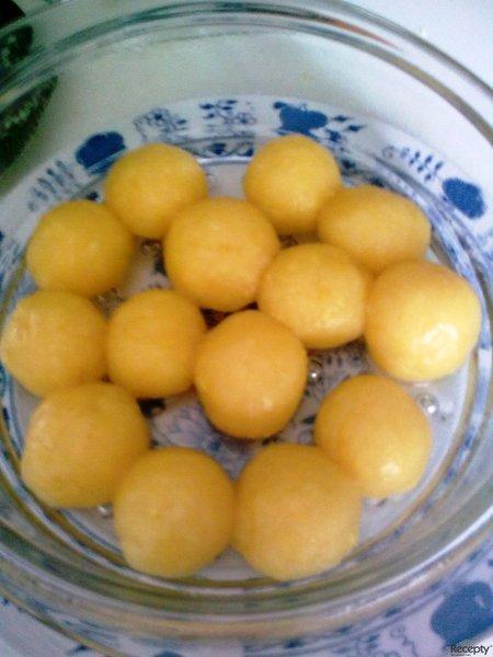 Česnekové knedlíky