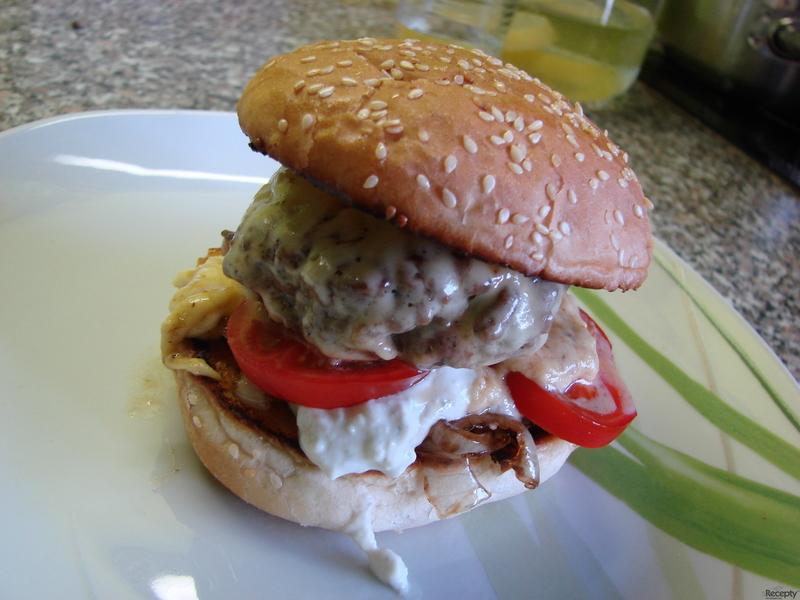 Lahůdkový cheeseburger