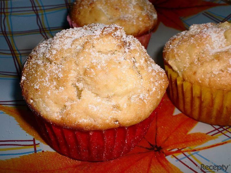 Jablečné muffiny s nutelovou náplní