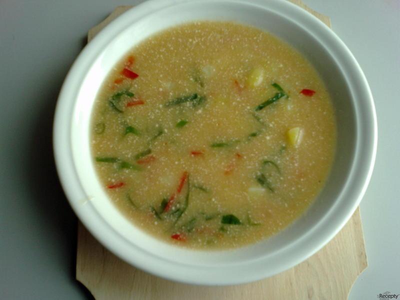 Bramborová polévka s cibulkou