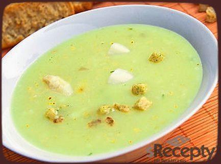 Zeleninová zimní zdravá polévka
