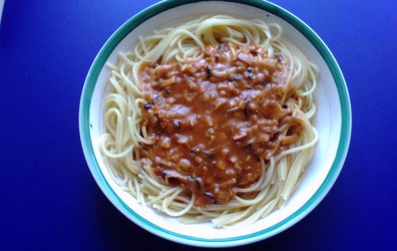 Omáčka na špagety s kečupem