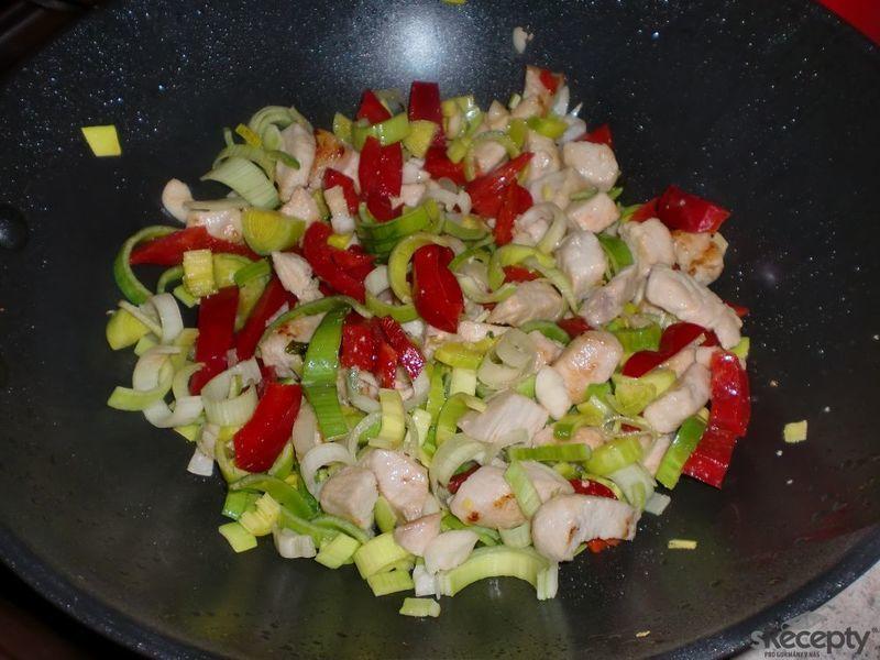 Rychlé těstoviny na woku