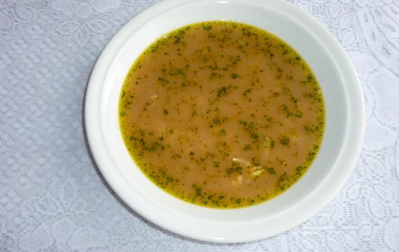 Kvasnicová polévka s mrkví