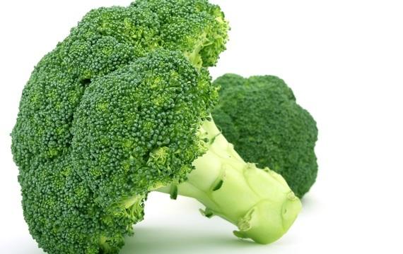 Brokolice - skvělá i v salátu!