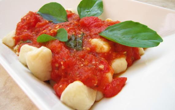Sugo - rajčatová omáčka
