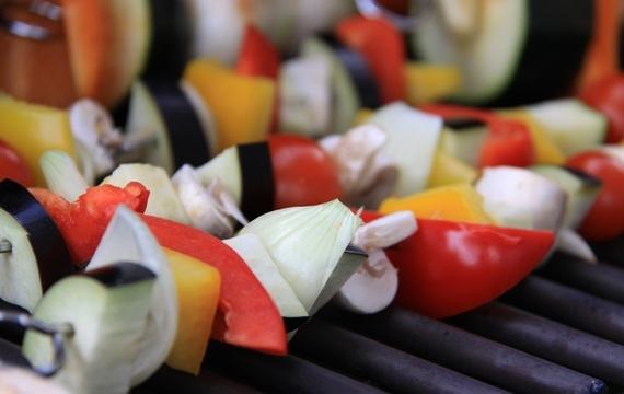 Ovoce a zelenina na grilu