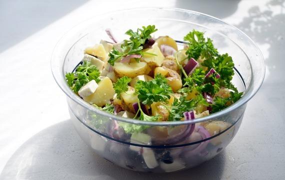 Tradiční bramborový salát na 4 způsoby