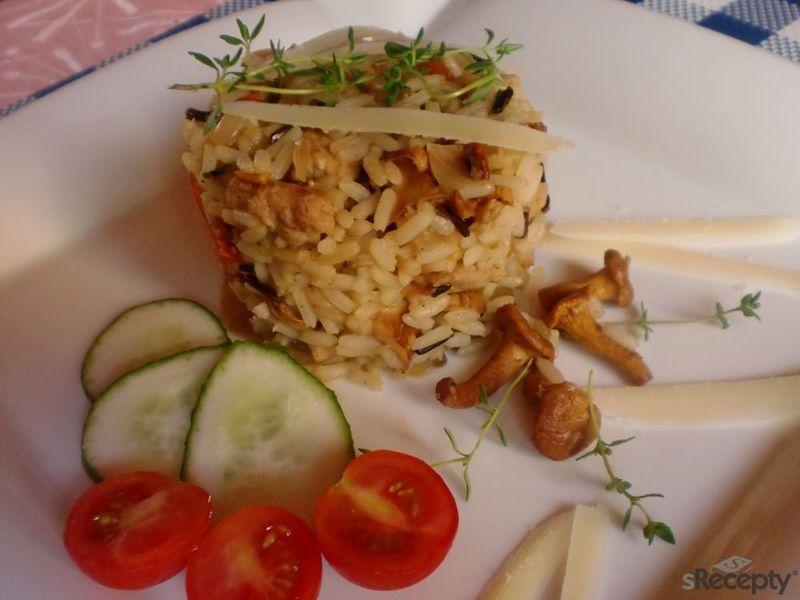 Rýžová směs s liškami a vepřovým masem