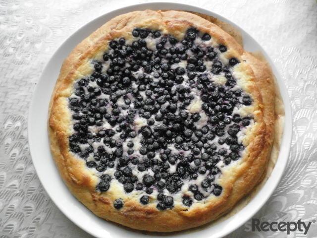 Borůvkový koláč s tvarohovou nádivkou
