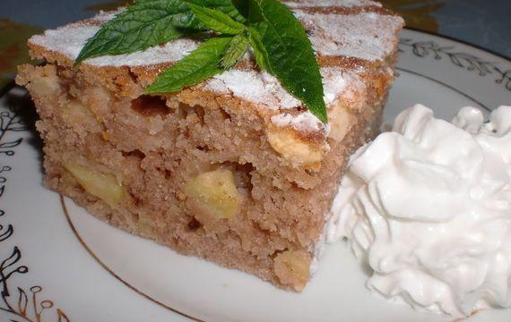 Rychlý jablečný koláč z hrníčku