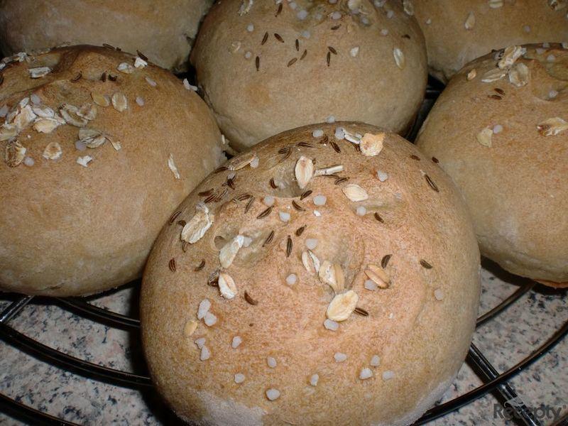 Bulky ze staršího chleba