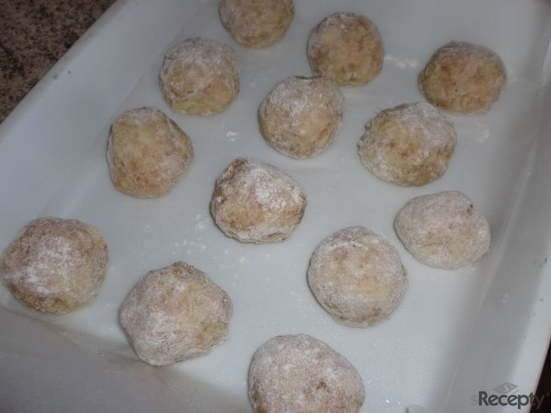 Vepřové kuličky s cuketou a sýrem