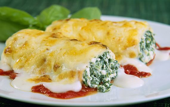 Cannelonni se špenátem a kozím sýrem