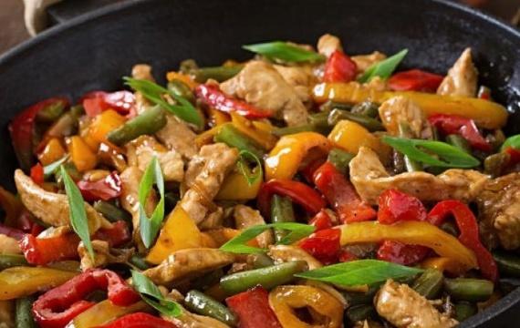 Čínská jehněčí směs se zeleninou