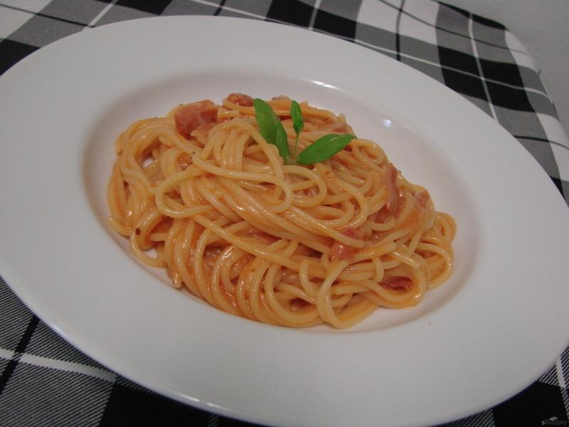 Italské těstoviny s pancettou