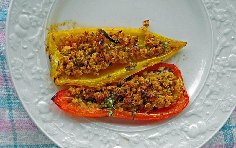 Vegetariánské plněné papriky