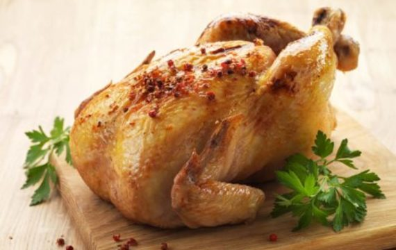 Kuře plněné ořechovou nádivkou s jablky