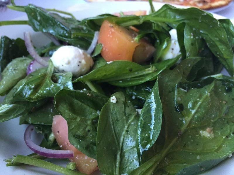 Špenátovo-řeřichový salát