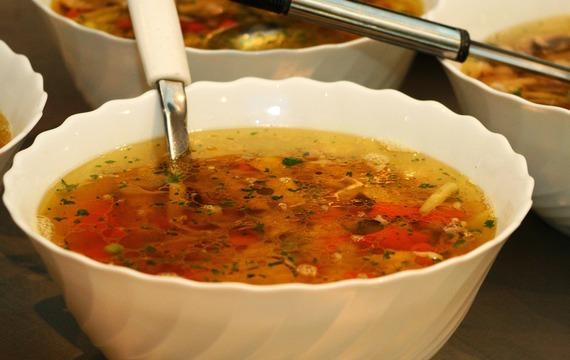 Oháňková polévka s noky