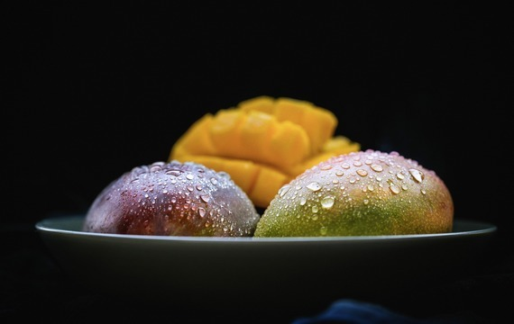 Mangová pěna s růžovými pusinkami