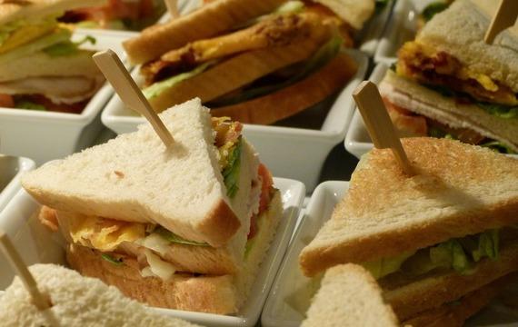 Tuňákový sandwich