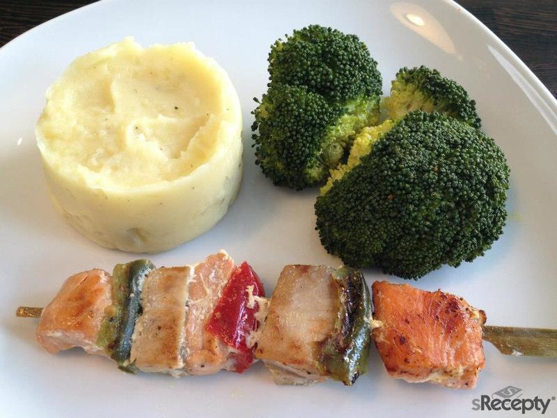 Rybí špíz s brokolicí