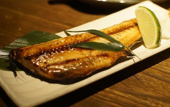 Makrela s citronovou omáčkou