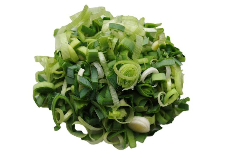 Salát ze syrového pórku