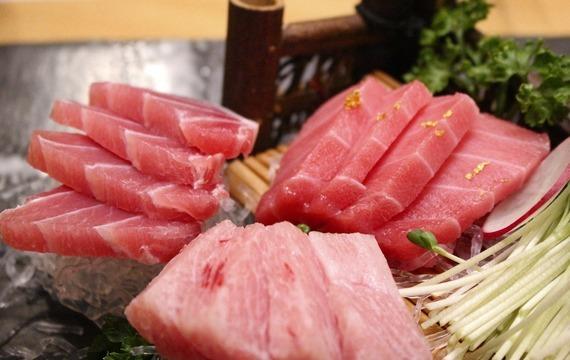 Tuňák na zelenině