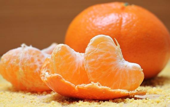 Moučník s kokosem a mandarinkami