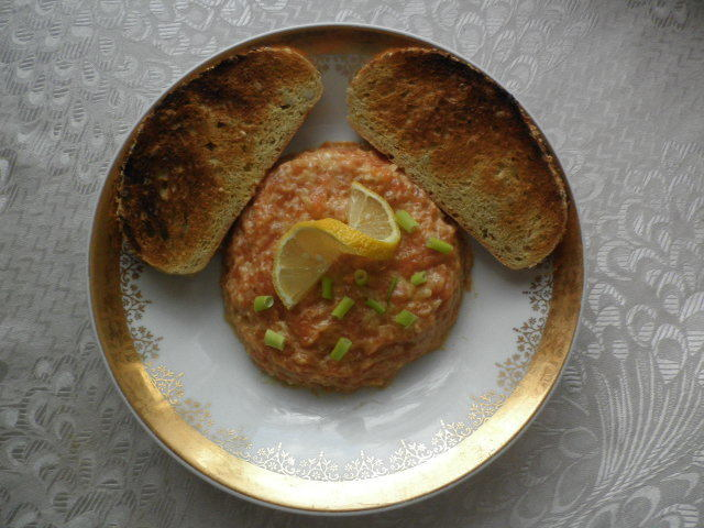 Luxusní tatarák z lososa po francouzsku