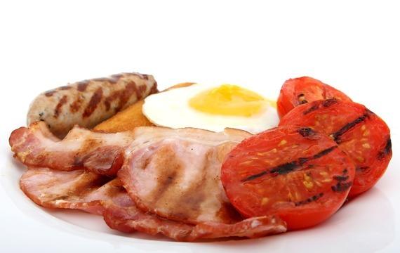 Snídaně: Toust, slanina a vejce