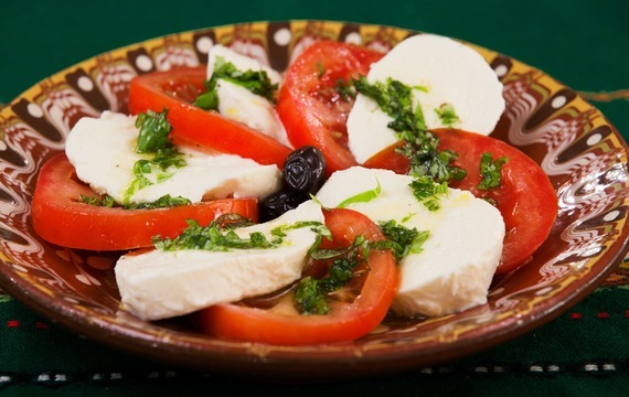 Jak se vyrábí mozzarella?