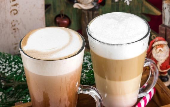 Vánoční nápoje, které zahřejí