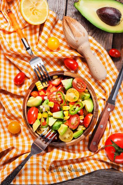 Rajčatový salát s jalapeňos