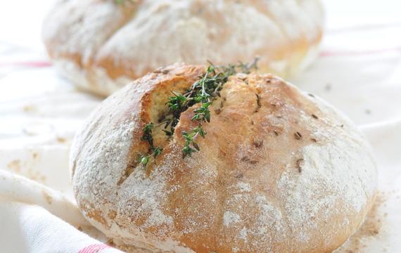Tymiánový chléb