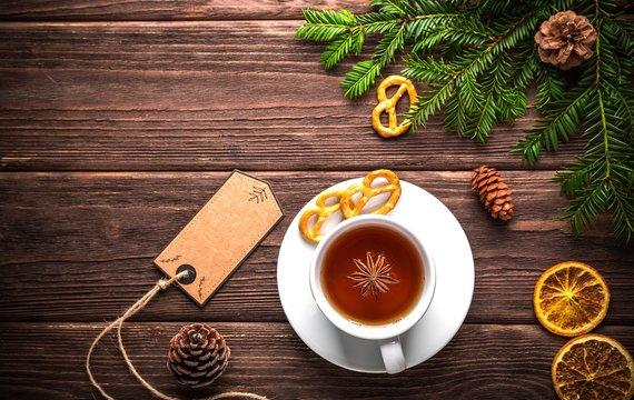 Zimní čaje: Proč je pít a jaké blahodárné účinky mají pro náš organismus?