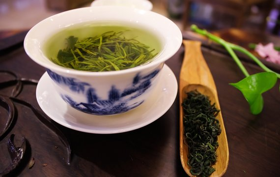 Sedm důvodů, proč si zamilujete pití zeleného čaje