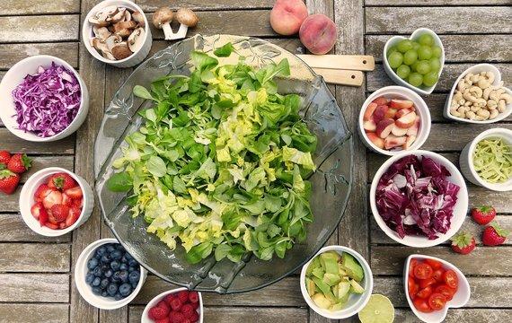 Sezónní jídelníček aneb co si dopřát v červnu na stole