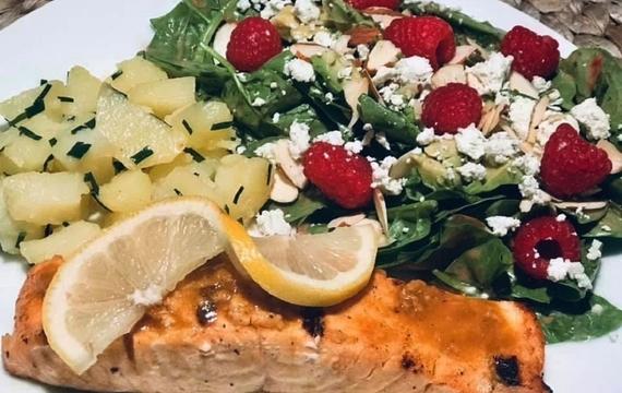 Marinovaný grilovaný losos