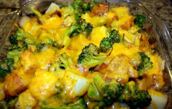 Brokolice zapečená s bramborami