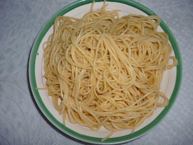 Špagety vařené
