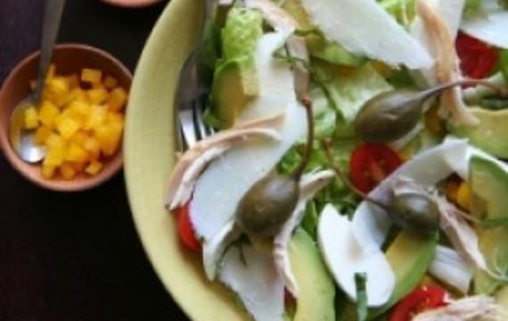 Kuřecí salát se šalotkou zálivkou